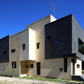 모던 디자인이 돋보이는 네모네모 다가구주택