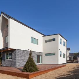 유럽풍 외관의 드넓은 단독주택