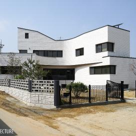 목련화를 형상화 한 단독주택 MAGNOLIA 단독주택, 화이트주택, 노출도막방수, 경질우레탄, 화이트벽돌, 고급주택, 태양광