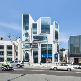 청담을 대표하는 랜드마크, 청하빌딩 리모델링